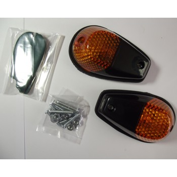 Black Fairing Indicators with Amber Lens